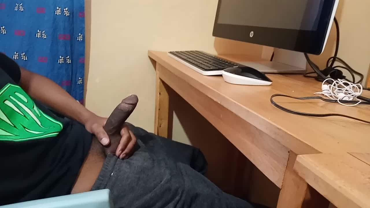Solo Male Jerking Off Moaning
